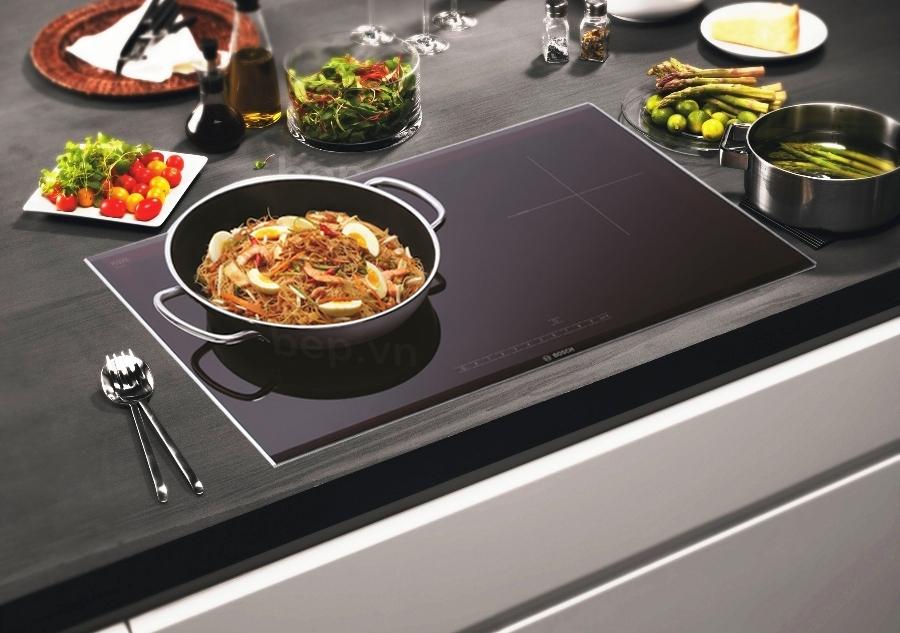 Bếp cảm ứng: Dụng cụ nấu nướng thông minh, an toàn và tính thẩm mỹ cao