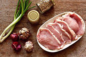 Mẹo ướp thịt chuẩn nhà hàng 5 sao cho món ngon dậy mùi