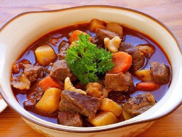 Mẹo hầm thịt bò đảm bảo thịt mềm tơi, đậm vị - 1