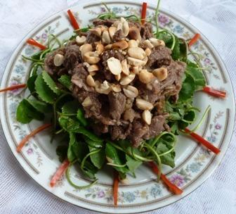 Gỏi rau má trộn thịt bò